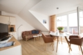 Wohnraum mit Balkon